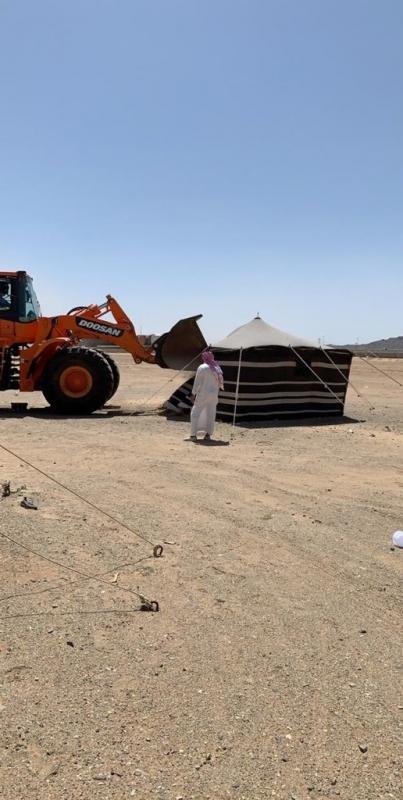 صور.. إزالة ٤٠ مخيمًا بعد إعطاء أصحابها مهلة ٢٤ ساعة بمكة - المواطن