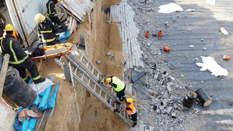 وفاة وإصابة 3 أشخاص في حادث انهيار جدار برويس جدة