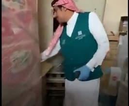 فيديو.. ضبط مستودع لتعبئة المعقمات المغشوشة بالرياض - المواطن
