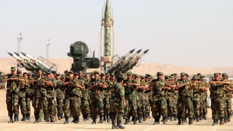 الجيش الليبي يقتل 11 عسكريًا تركيًا في قاعدة معيتيقة