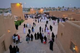"""إقبال كثيف من المسؤولين والزوار على مهرجان """"معية الخبراء 4"""" - المواطن"""