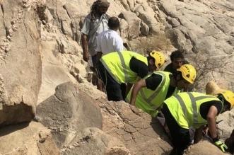 إنقاذ سريع لشخص احتجز في جبل الخره بوادي سيال - المواطن