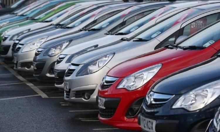 بالفيديو.. طريقة معرفة أسعار السيارات محليًا وعالميًا