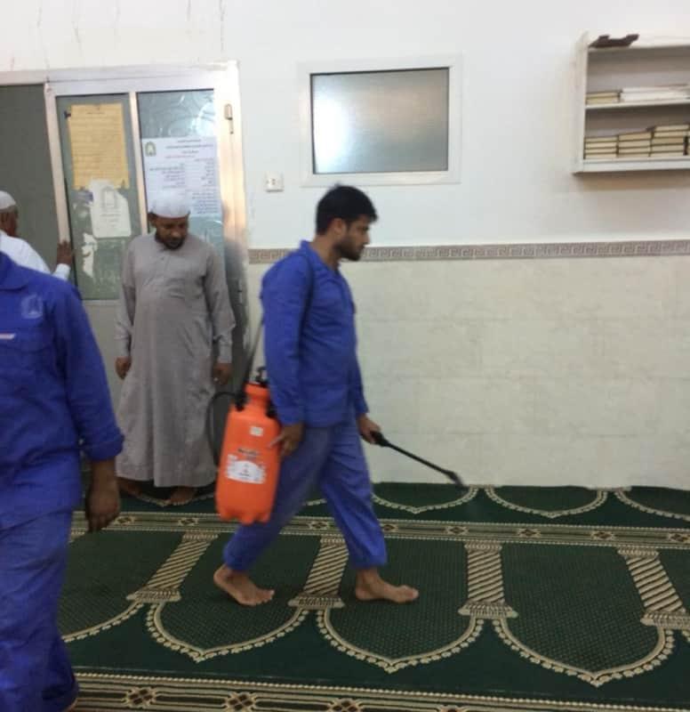 صور.. استمرار تعقيم المساجد والجوامع في جازان - المواطن