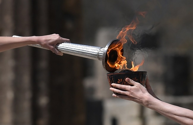 كورونا يتسبب في إلغاء عرض الشعلة الأولمبية في فوكوشيما