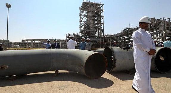 المصافي الأوروبية زادت من واردات النفط السعودية على حساب الروسية