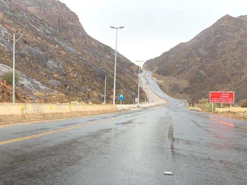 أمطار ورياح نشطة على جازان والمدني يحذر