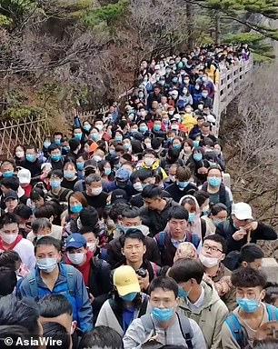 تكدس آلاف السياح الصينيين يعيد مخاوف انتشار فيروس كورونا - المواطن