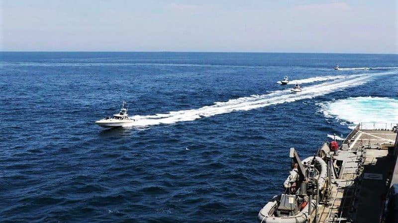 الحرس الثوري الإيراني يهدد الولايات المتحدة بتدمير سفنها الحربية ! - المواطن