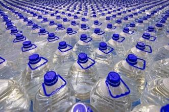 شؤون الحرمين تبدأ توزيع عبوات مياه زمزم مؤقتًا من خلال منصة هناك 4