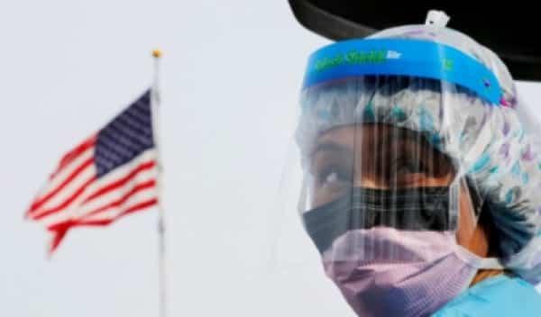 أمريكا تُسجل 62,918 إصابة جديدة بـ كورونا و906 وفيات