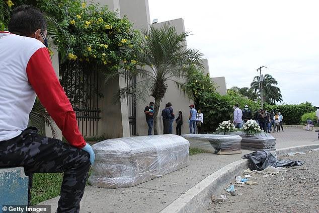 مناظر مروعة.. مدينة بالإكوادور تشهد إلقاء عشرات الجثث في الشوارع - المواطن