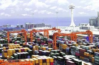 ميناء الملك عبدالعزيز يسهم في توفير احتياجات السوق في ظل جائحة كورونا - المواطن