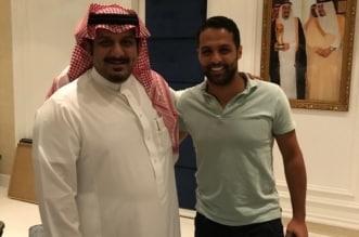 القحطاني مع نواف بن سعد
