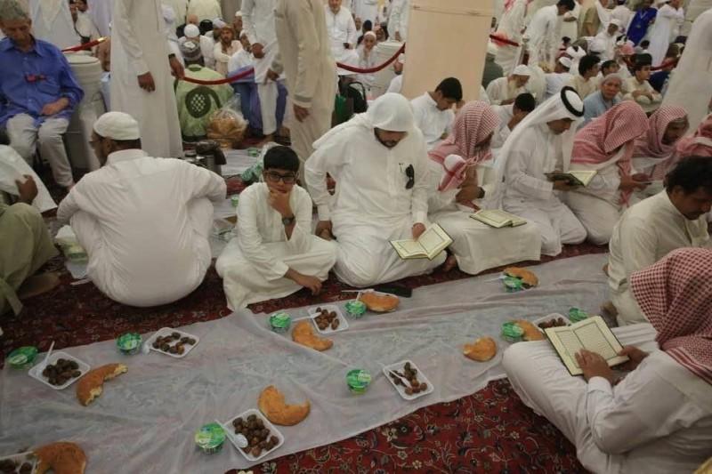 إيقاف خدمة الإفطار في المسجد النبوي خلال رمضان