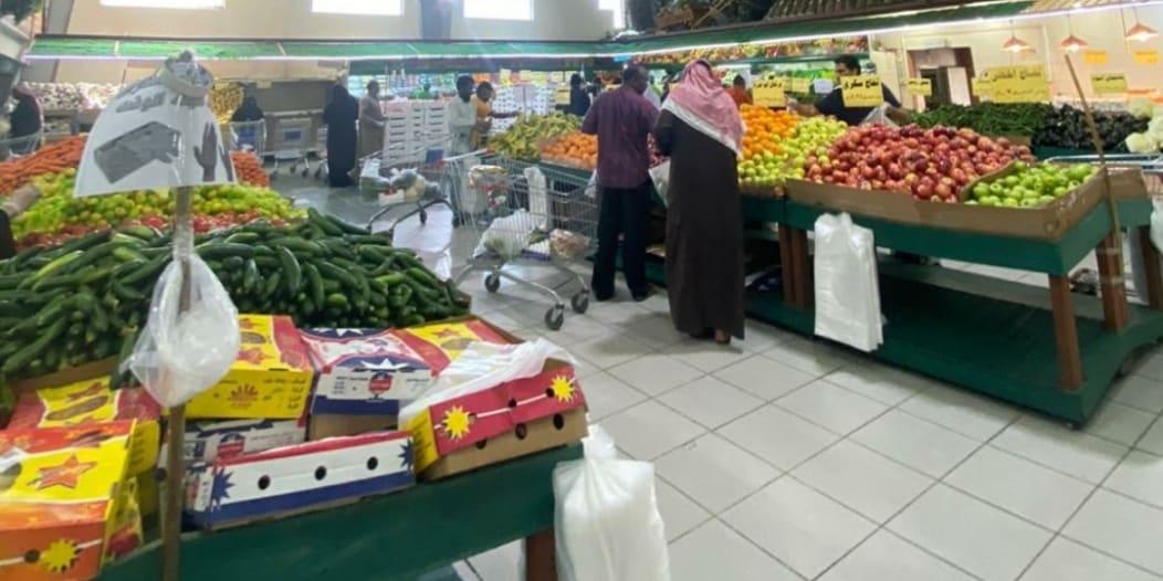 أمانة تبوك تكثف جولاتها على المحلات والأسواق استعدادًا لشهر رمضان