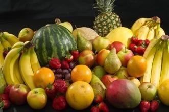 أيهما أفضل تناول الفواكه قبل الأكل أم بعده؟ استشارية توضح - المواطن