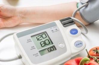 """استشارية لـ""""المواطن"""": ٨ عوامل تعزز الصيام الآمن عند مرضى الضغط - المواطن"""