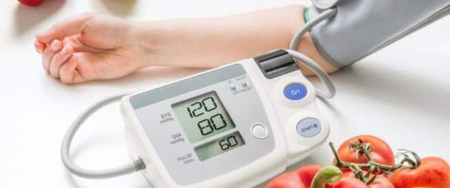"""استشارية لـ""""المواطن"""": ٨ عوامل تعزز الصيام الآمن عند مرضى الضغط"""