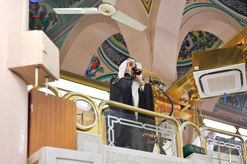 صلاة التراويح أول ليلة لشهر رمضان بالمسجد النبوي - المواطن