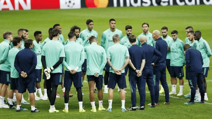 تقليص رواتب نجوم ريال مدريد بنسبة من 10 إلى 20%