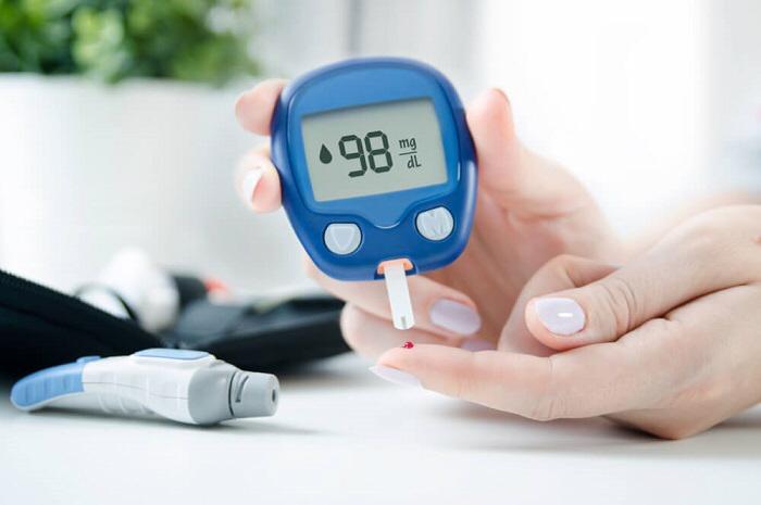 مرضى السكري أكثر عرضة للكسور بـ 4 أضعاف .. متخصص يعلّق
