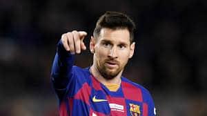 مدرب برشلونة يُوضح .. هل كذب النادي بشأن إصابة ميسي ؟