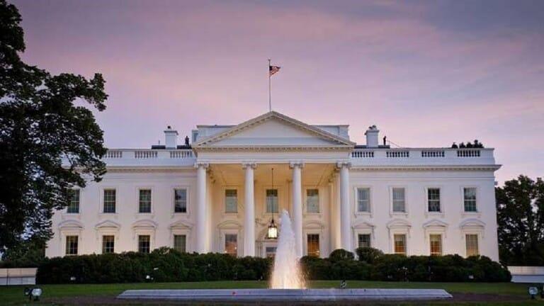 قتيل مينابوليس يغلق أبواب البيت الأبيض والأحداث تتسارع