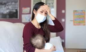 هل الرضاعة الطبيعية خطرة حال إصابة الأم بـ كورونا ؟