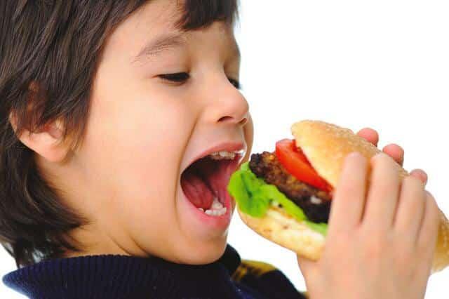 السمنة تمهد للإصابة بـ سكري الأطفال من النوع الثاني