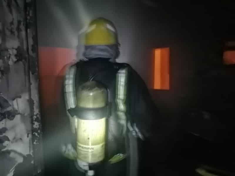 حالة اختناق في حريق منزل بحي المطار في جازان - المواطن