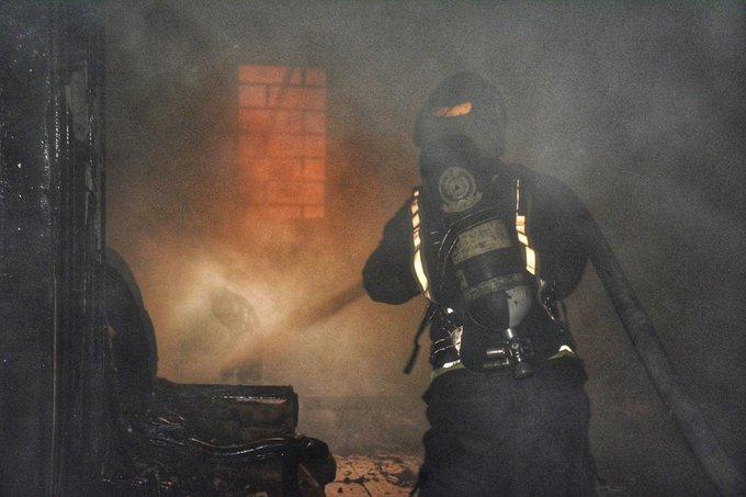 وفاة مواطن و4 إصابات في حريق شقة بجدة
