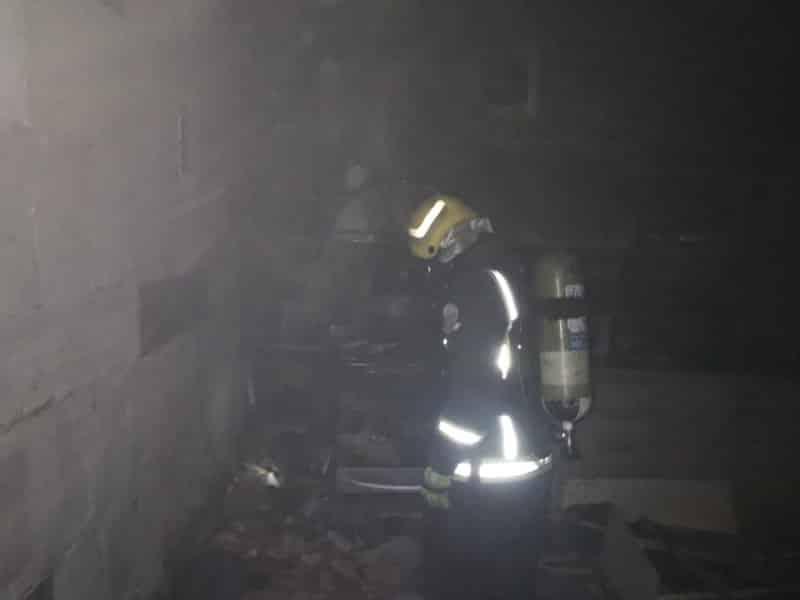 حريق في شقة بالمدينة المنورة بسبب التماس كهربائي 2