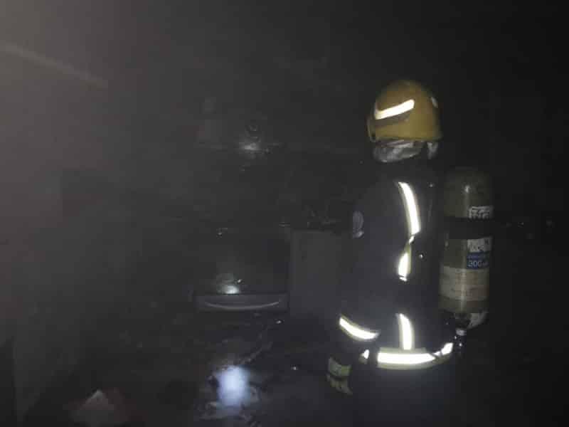 حريق في شقة بالمدينة المنورة بسبب التماس كهربائي 3