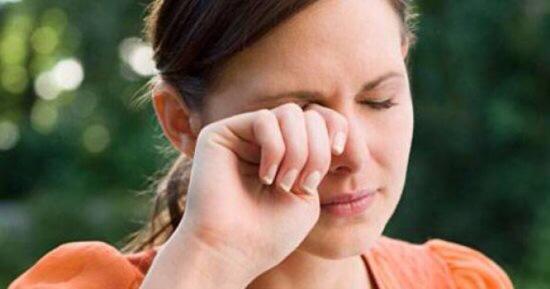 لهذه الأسباب تحدث حكة العين لفترة طويلة