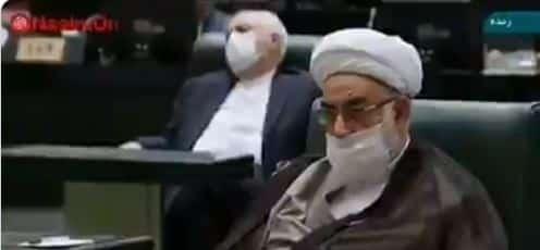 فيديو.. ظريف يغط في سبات عميق أثناء خطبة الرئيس الإيراني