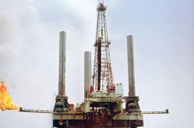 توقعات بانخفاض الإنفاق العالمي على النفط تريليون دولار في 2020
