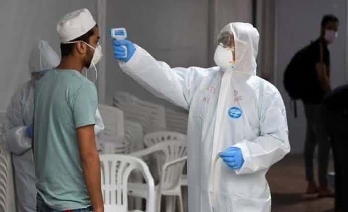 سلطنة عمان تسجل 193 إصابة جديدة بفيروس كورونا
