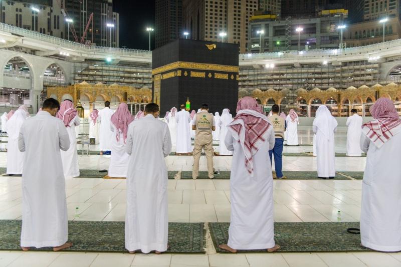 لقطات من صلاة القيام بالمسجد الحرام في ليلة 27 رمضان - المواطن