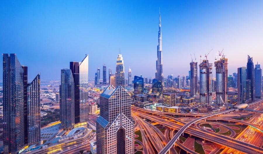 اقتصاد دبي يتجه لانكماش بنسبة 11%