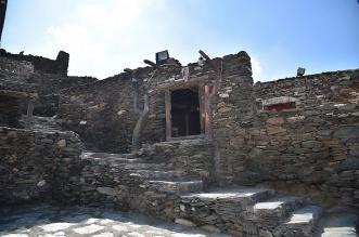 من مشروع سمو ولي العهد لترميم وتأهيل المساجد التاريخية بالمملكة