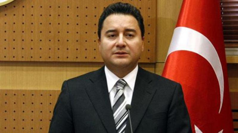وزير تركي سابق: أردوغان أفسد كل شيء ويشيع الخوف