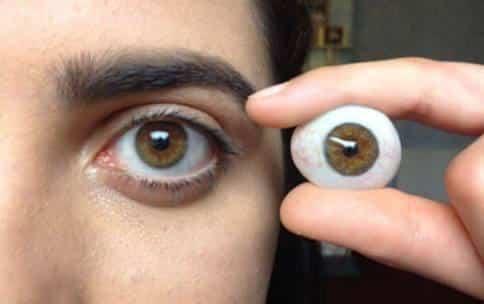 ٥ نصائح هامة لمستخدمي العيون الصناعية