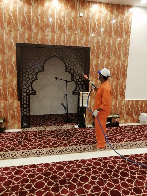 جوامع ومساجد محايل عسير تستقبل المصلين بعد التنظيف والتعقيم - المواطن