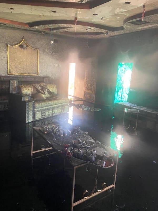 التماس كهربائي يحرق منزلًا في البرك