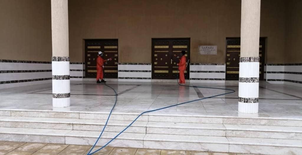 جوامع ومساجد محايل عسير تستقبل المصلين بعد التنظيف والتعقيم