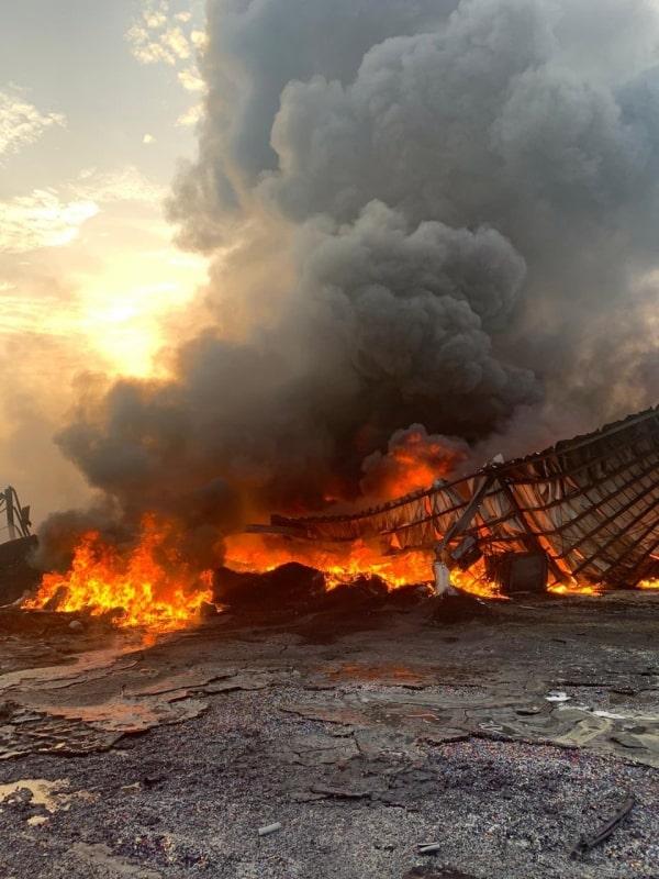 حريق يلتهم موقعًا خاصًّا بالتشليح والخردة بالدمام