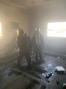 التماس كهربائي يشعل حريقًا بمجلس شقة بجازان