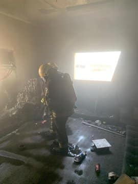 التماس كهربائي يشعل حريقًا بمجلس شقة بجازان - المواطن