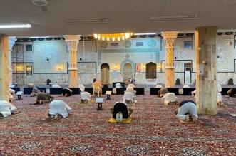 شاهد .. المساجد تفتح أبوابها وتستقبل المصلين في جميع المناطق - المواطن